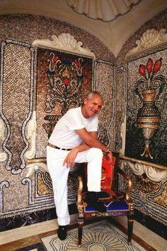 Realtor Valentina Aved www.villavalentina.realtor with Gianni Versace ,ebay valentinastreasures326,devav1962,valentinka37 call 12018384838