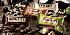 Rawbite organic bars are delicious fruit and nut bars that contain only natural sugars. Made in Denmark and the sole food bar in the individual field ration of the Danish Defence, these come in a variety of flavours for a great healthy snack! Sin Gluten, Organic Recipes, Raw Food Recipes, Yummy Recipes, Superfood, Proteine Vegan, Fruit And Nut Bars, Vegan Protein Powder, Snacks Saludables