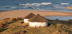 slowing it down at Bulungula Lodge backpackers on the Wild Coast, South Africa Round Building, Xhosa, Thatched House, Vernacular Architecture, Science And Nature, Backpacking, South Africa, Landscape Photography, Places To Visit