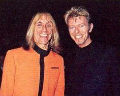 Danny Fields de pie : Responsable de que Bowie conociera a Iggy Pop. – David Bowie quería conquistar el mercado soñado es decir Estados Unidos, haber sido el primero en hablar en Inglaterra …