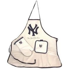 New York Yankees MLB Apron Oven Mitt Potholder Tailgate Set, (grill cover, grill covers, new york yankees, barbecue, bbq cover, bbq grill cover, fan gear, ny yankee items, yankees grill cover, mcarthur)