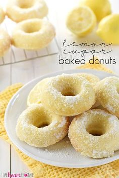 Lemon Sugar Baked Donuts ~ these easy-to-make, bursting-with-lemon treats are perfect for breakfast, brunch, or dessert! (Sub with GF flour) Lemon Desserts, Lemon Recipes, Sweet Recipes, Delicious Desserts, Yummy Food, Donut Recipes, Brunch Recipes, Baking Recipes, Dessert Recipes