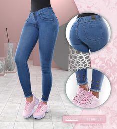 6c5b8c5a51 Los jeans con artesanías o apliques puestos a mano. Un diseño cuya  dedicación es imponente
