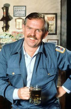 Cheers Tv Show, John Ratzenberger, You've Got Mail, Know Your Name, Going Postal, Leadership Coaching, Old Shows, Classic Tv, Best Shows Ever