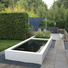 Adezz Garden Water Feature Aluminium Pond White