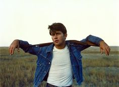Just one of many memorable elements of Badlands, Terrence Malick's tale of young lovers on a crime spree: Martin Sheen in a tight white tee and a Levi's 507XX jacket. Oliver Reed, Vanessa Redgrave, Jackie Brown, Foxy Brown, Cat Stevens, Roger Moore, Raquel Welch, Beatles, 31 Film