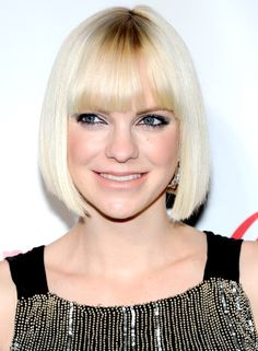 pageboy haircut | ... Pics of Anna Farris Pageboy (6 of 8) - Pageboy Lookbook - StyleBistro