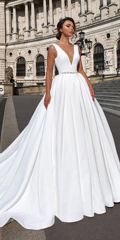 24 Top Wedding Dresses For Bride ❤ ❤ Full gallery: https://weddingdressesguide.com/top-wedding-dresses/ #bride #wedding #bridalgown