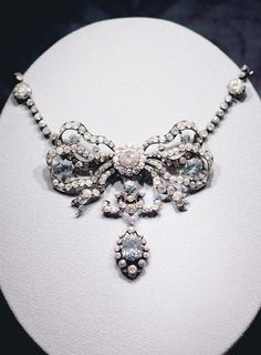 """cybertronian: """" The priceless Cullinan Blue Diamond Necklace was created in 1910, a stunning example of the frilly bow motif that was popular in Edwardian jewelry. It contains 260 diamonds, including nine extremely rare pale blue diamonds. They were..."""
