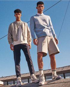 Jordan 1, Nike Air Jordan, Travis Scott, Dior Sneakers, Sneakers Nike, Hector Diaz, Jordan Photos, Casual Wear For Men, Jordan Outfits