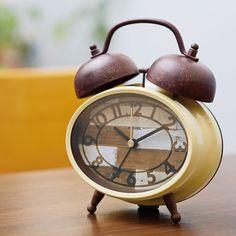 レトロ調の目覚し時計*テーブルアラームクロック BLESSA ブレッサ