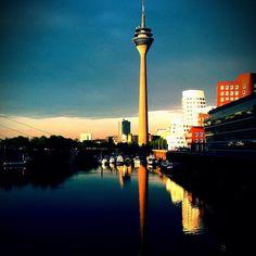 @getigert- #webstagram - #Düsseldorf