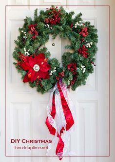 Simple and cute DIY #Christmas #wreath on iheartnaptime.net
