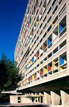 Brutalist buildings: Unité d'Habitation, Marseille by Le Corbusier (Dezeen) Chinese Architecture, Architecture Office, Architecture Design, Minecraft Architecture, Office Buildings, Futuristic Architecture, Pavilion Architecture, Zaha Hadid Architects, Frank Gehry