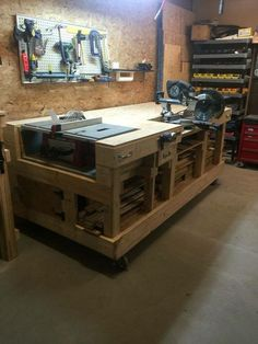 50 Woodworking Bench Ideas Design No. 13580 Smart Woodworking Bench Plans For Small Space Workshop Storage, Workshop Organization, Home Workshop, Garage Organization, Garage Storage, Workshop Ideas, Tool Storage, Organization Ideas, Workshop Bench