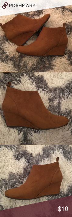 Cute brown booties Suede booties from Forever 21. Very comfortable. Only worn once Forever 21 Shoes Ankle Boots & Booties