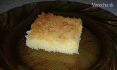 Rýchly koláč so smotanou a kokosom