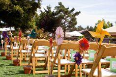 pinwheel decor for an outdoor wedding