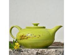 Čajová konvice Aladin 1,2 l- Jarní louka Bordeaux Wine Region, Ceramic Pottery, Tea Pots, Ceramics, Tableware, Cube, Purple, Ceramica, Pottery