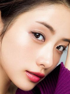 Ishihara Satomi - All About Pretty Asian Girl, Asian Cute, Beautiful Asian Women, Japanese Beauty, Korean Beauty, Asian Beauty, Close Up Faces, Glamour Photography, Modeling Photography