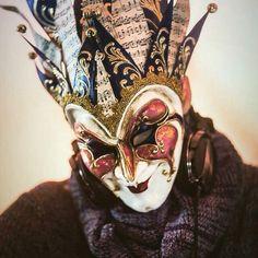 Boris Rasta Art, Dibujos Tattoo, Minimal Techno, Techno Music, Armin Van Buuren, Carnival Masks, Venetian Masks, Trance, Fantasy Creatures