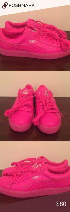 neon pink pumas