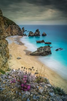 Lost paradise by Emanuel Fernandes at Sesimbra, Portugal Places Around The World, Oh The Places You'll Go, Places To Travel, Places To Visit, Travel Destinations, Dream Vacations, Vacation Spots, Photography Beach, Scenery Photography