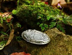 Viking Turtle Brooch replica - wholesale and retail on www.peraperis.com - House of History