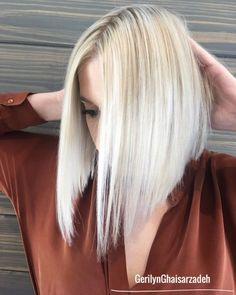 Trendy Medium Angled Bob with Layers - ourstro. Asymmetrical Bob Haircuts, Angled Bob Hairstyles, Bob Hairstyles For Fine Hair, Lob Hairstyle, Haircut For Thick Hair, Inverted Bob, Easy Hairstyles, Angled Bob With Layers, Medium Angled Bobs