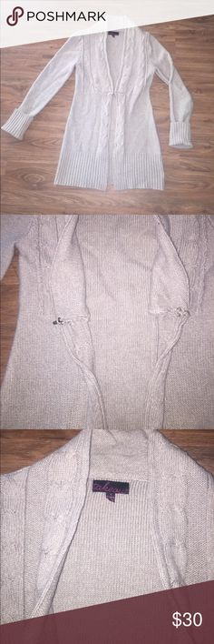 New Fall Item 🍁 Tan Cardigan Tan cardigan with front clasp closure . Thick warm fabric great condition size small Takeout Sweaters Cardigans