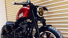 Restored 1999 Jeep Cherokee XJ Classic by Davis AutoSports - ModifiedX Enfield Bike, Enfield Motorcycle, Motorcycle Style, 1999 Jeep Cherokee, Royal Enfield Wallpapers, Royal Enfield Accessories, Royal Enfield Modified, Enfield Classic, Royal Enfield Bullet