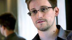 """A carta de Snowden que fala diretamente aos brasileiros  CARTA ABERTA AO POVO DO BRASIL  EDWARD SNOWDEN, publicado na Folha  A espionagem da NSA/EUA, tem o foco principal na econômica, controle social e manipulação diplomática. Pela busca de poder.  """"Se o Brasil ouvir apenas uma coisa de mim, que seja o seguinte: quando todos nos unirmos contra as injustiças e em defesa da privacidade e dos direitos humanos básicos, poderemos nos defender até dos mais poderosos dos sistemas.""""  Snowden."""