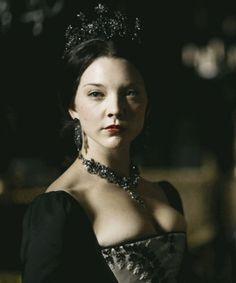 Natalie Dormer in the Tudors. ♛   ♛~✿Ophelia Ryan ✿~♛