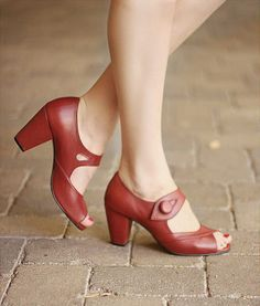 Handmade Leather 1940's Red Vintage style shoe Dorothy