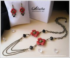 Polymer clay poppy necklace and earrings. Handsculpted flowers, no cutter or mold used. Made of dreams by Adrastea
