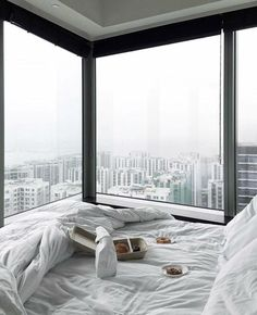 if you are looking for mind blowing bedroom decor ideas then here you are at right place. I'm going to share with you few awesome bedroom diy ideas. Apartment View, Dream Apartment, Dream Rooms, Dream Bedroom, Master Bedroom, Cozy Bedroom, Bedroom Decor, Bedroom Ideas, Night Bedroom
