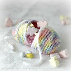 12 Free Easter Egg Crochet Patterns @ http://imhooked25.blogspot.com