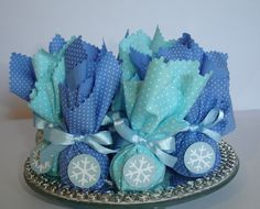I made a selection of some beautiful Frozen party favor ideas that can help you make a beautiful party. Frozen Party Favors, Disney Frozen Party, Frozen Theme, Frozen Birthday Party, Elsa Birthday Party, Olaf Party, Cars Birthday Parties, Birthday Party Decorations, Bolo Frozen