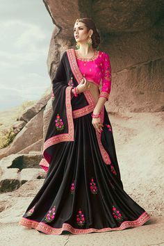 Black & Pink Color Moss Georgette Fabric Saree