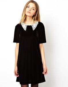 Image 1 - ASOS Reclaimed Vintage - Mini robe en velours style 20's avec col en crochet