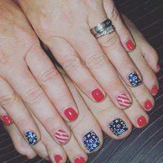 Gel polish mani with nail stamping