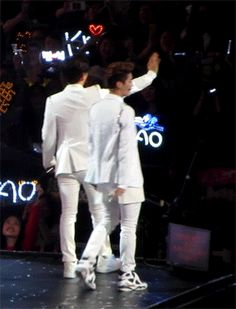 Luhan & i think its baekhyun but the gif is moving too quickly