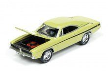 Johnny Lightning 1:64 Muscle Cars 1969 Dodge Challenger R/T Dirty Mary Crazy
