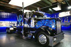 Blue & Black.., umm a can of kick ass with dat truck :)