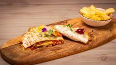 Încearcă și nu vei regreta. Comandă azi ! Quesadilla, Tacos, Mexican, Restaurant, Chicken, Ethnic Recipes, Food, Quesadillas, Diner Restaurant