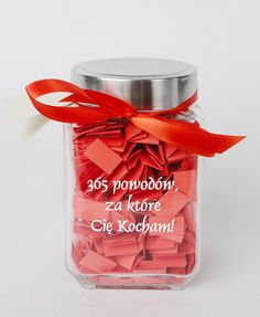 365 powodów, ZA KTÓRE Cię kocham! Najlepszy prezent z okazji zbliżających się świąt dla Twoich najbliższych! na Walentynki, DZIEŃ KOBIET, z okazji rocznicy, urodzin, imienin, dnia chłopaka bądź... Home Crafts, Diy And Crafts, Love Box, Boyfriend Gifts, Perfume Bottles, Presents, Birthday, Party, Handmade
