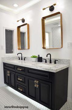 Black And Gold Bathroom, Bathroom With Black Cabinets, Black Bathroom Decor, Black Vanity Bathroom, Black White Bathrooms, Bathroom Mirrors, Bathroom Vanity Lighting, Bathroom Lights Over Mirror, Modern Bathroom Light Fixtures