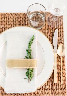 DIY Christmas table place setting ideas