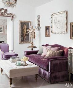 Pay homage to Hollywood Regency style by styling plush fabrics in muted tones with refined accents and Neoclassical artwork. See more design tips on our blog. #FieldNotes #HollywoodRegency #Sophistication #Neoclassical #Glamour #Opulence #InteriorStyling #Decor #Accents