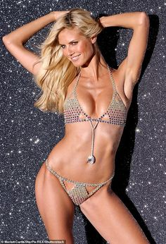 Cheryl Ladd, Sexy Bikini, Thong Bikini, Victoria's Secret, Heidi Klum Bikini, Fantasy Bra, Vogue, Victorias Secret Models, Bikini Photos
